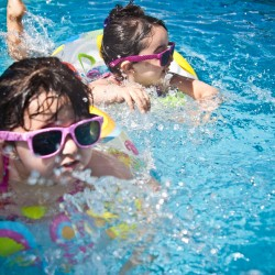 How to protect your children from harmful sun-rays